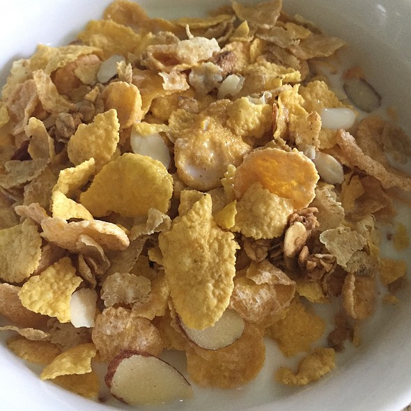 Honey Bunches Of Oats With Almonds @ Home
