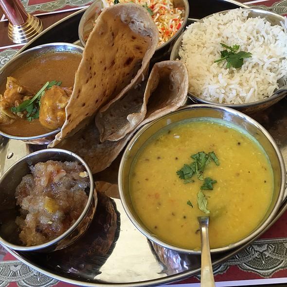 Chicken Lunch Platter @ Deccan Spice