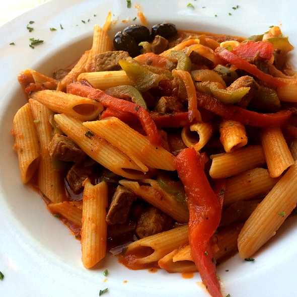 Beef And Peppers With Penne @ Piazza Trilussa
