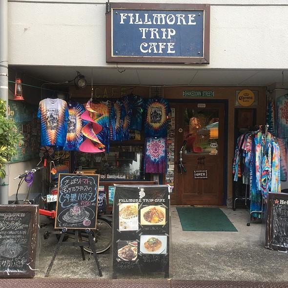 Storefront @ フィルモア トリップ カフェ