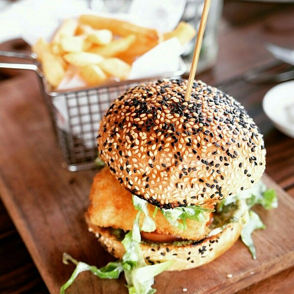 Panko Crumbed Dory Burger