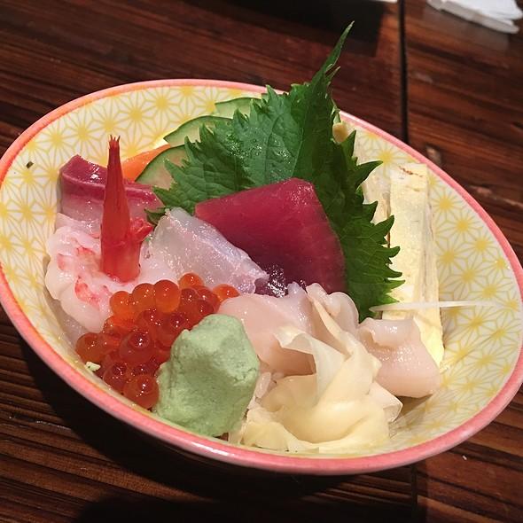 Chirashidon @ Sushi Izakaya Shinn