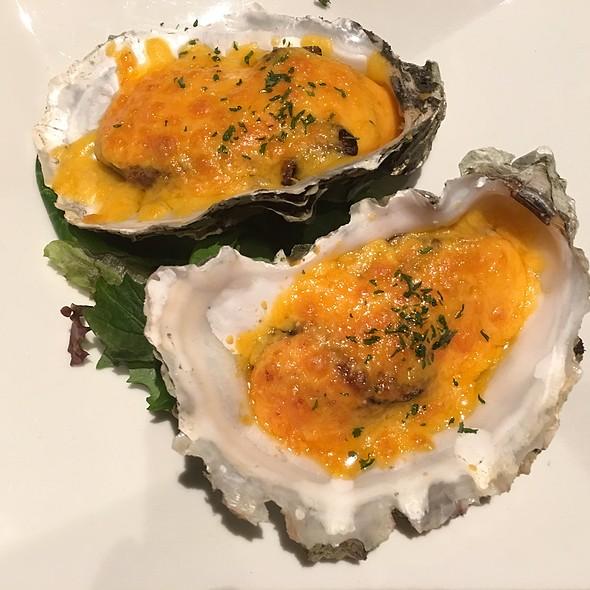 Oysters Kaboom !! @ Sushi Izakaya Shinn