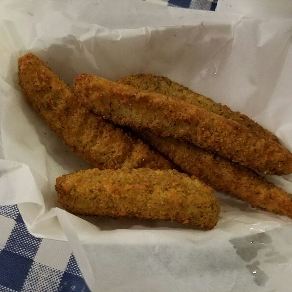 Fried Pickels @ Gus's World Famous Fried Chicken