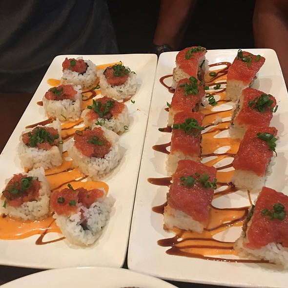 spicy ahi @ Restaurant Epic