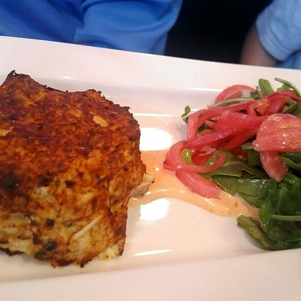 crab cake @ Marlow's Tavern