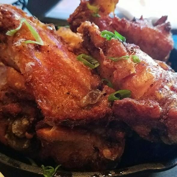 Chicken Wings @ Chevys Fresh Mex
