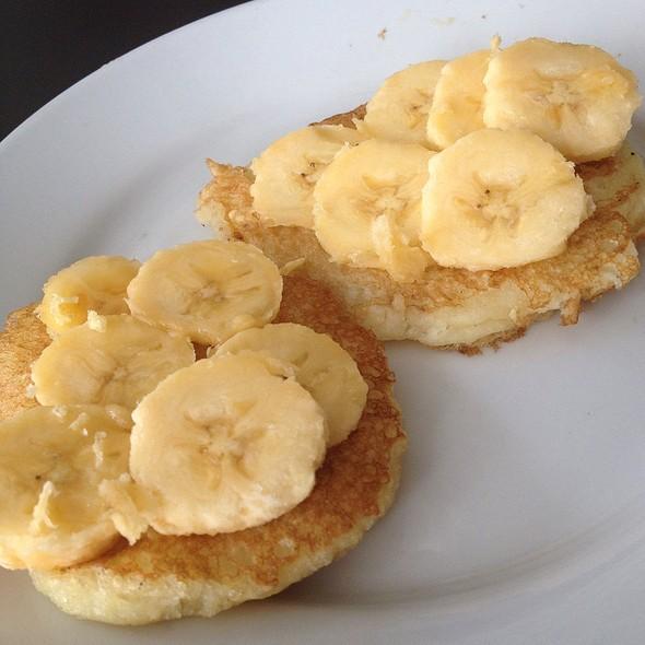 pancakes @ La Luz Beach Resort