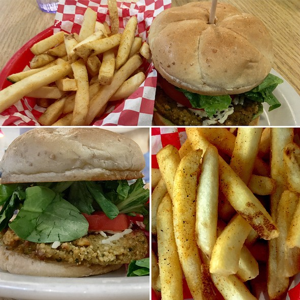 Green Burger @ Green Vegetarian Cuisine