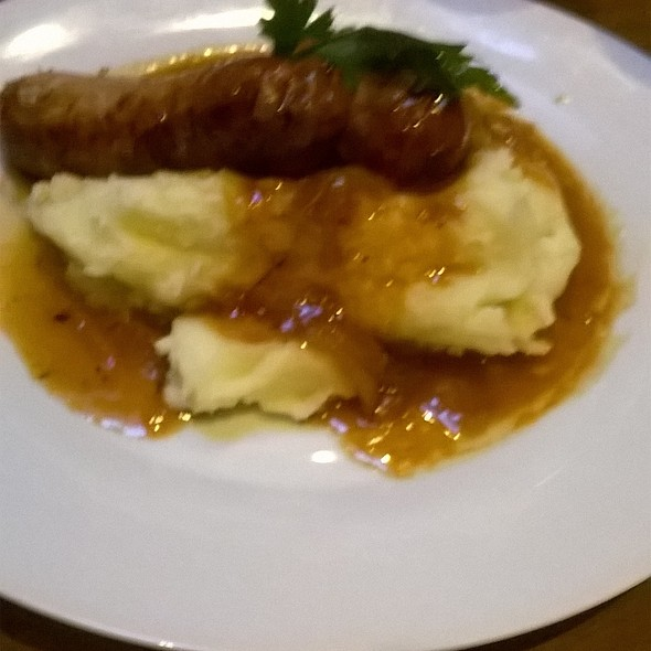 Bangers and Mash @ The smashed pig gastro pub