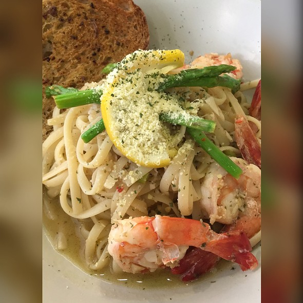 Spicy Lemon Shrimp Scampi @ Mary Grace Cafe