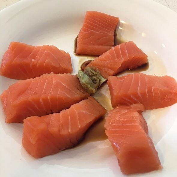 Salmon Sashimi @ Home