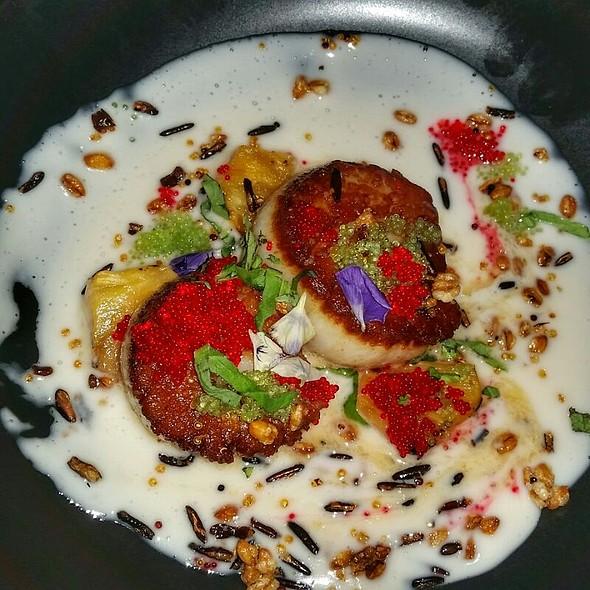 Seared Scallops @ Harvest Restaurant