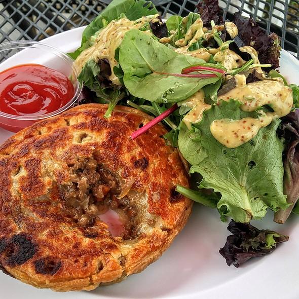 Australian Meat Pie @ Gum Tree Shop and Cafe