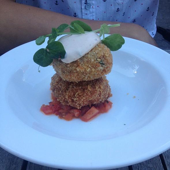 Blue Crab Crabcakes - Bodega, Toronto, ON