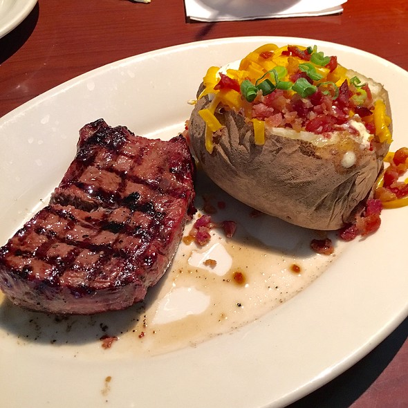 Flame Grilled Top Sirloin @ Black Angus