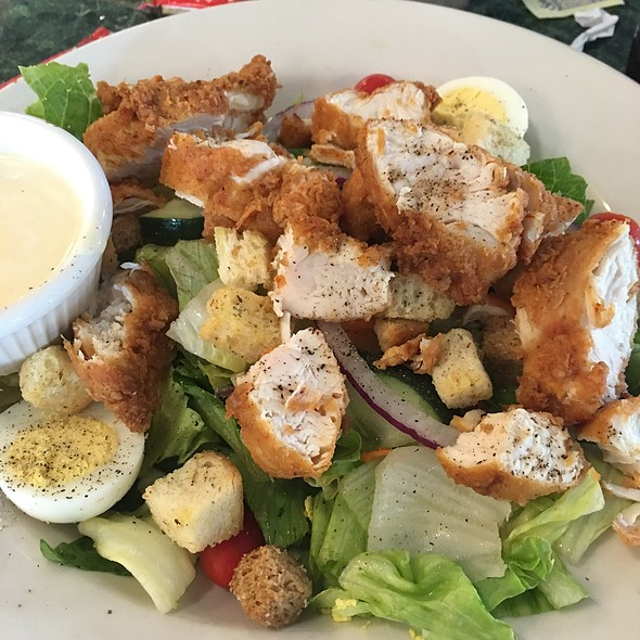 Pecan Crusted Fish Salad @ Metro Diner