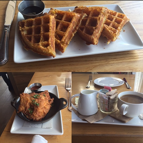 Chicken and Gravy Wafles - Yardbird Southern Table & Bar, Miami Beach, FL