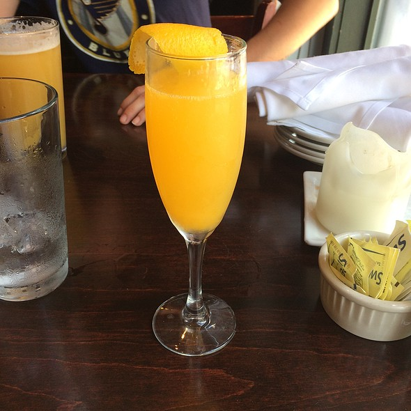Fresh Squeezed Mimosa - Scottish Arms, St. Louis, MO