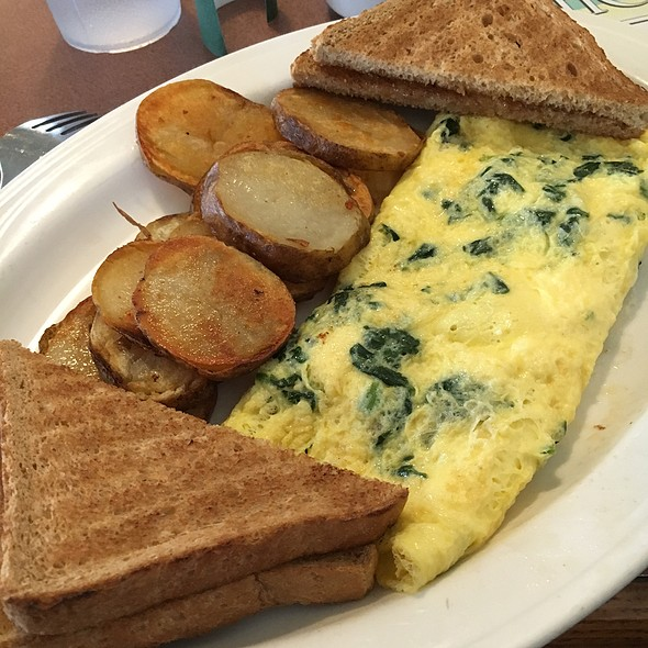 Spinach Feta Omelet, Home Fries, Wheat Toast @ West Side Diner