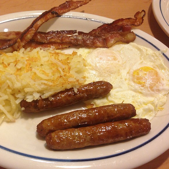 Ultimate Bacon And Sausage Combo @ International House Of Pancakes