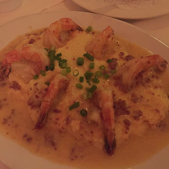 Shrimp 'n' Grits