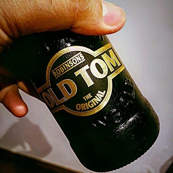 Old Tom Original Ale @ Home
