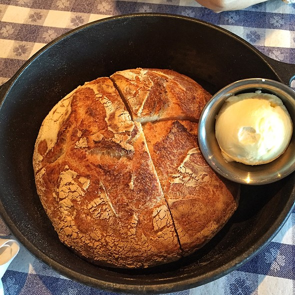 House Made Crispy Baked Kettle Bread