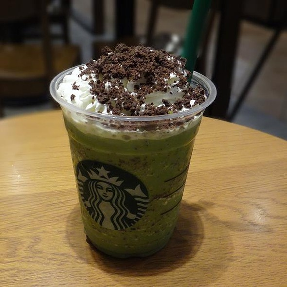 Matcha Cream Frappuccino with Chocolate Brownie @ STARBUCKS COFFEE