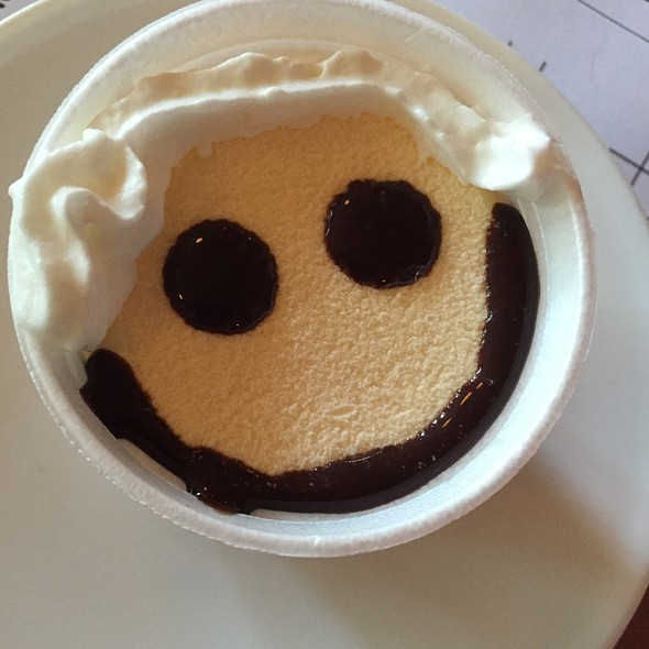 Ice Cream @ Peggy Kinnane's Irish Restaurant & Pub