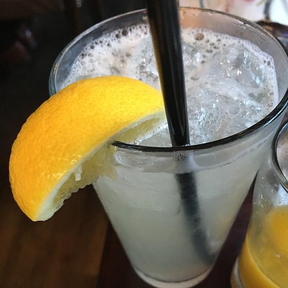 Lemonade - Alden and Harlow, Cambridge, MA