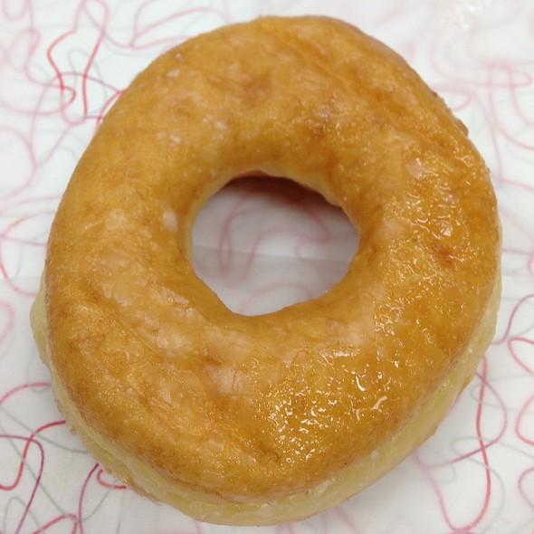 Glazed Donut @ Fox's Donut Den