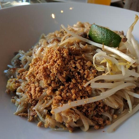 Pad Thai @ Namo Thai Cuisine