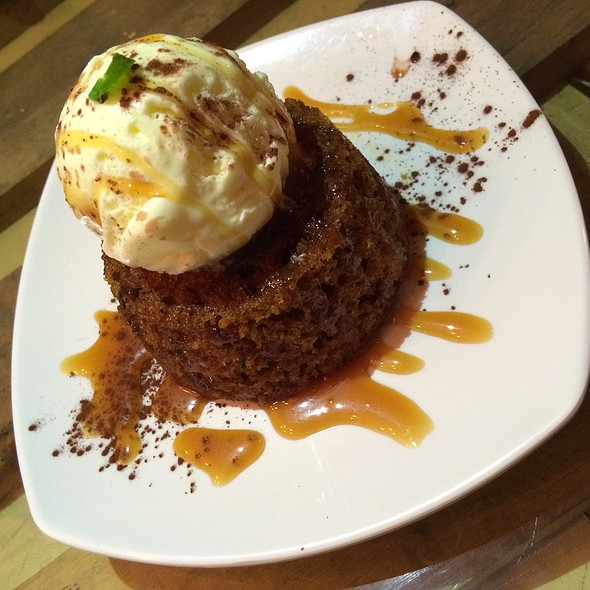 MOLTEN STICKYDATE PUDDING @ THE MALAYAN COUNCIL