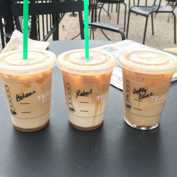 Caramel Macchiato @ Starbucks