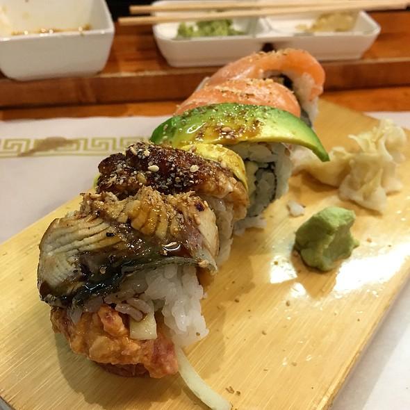Fantastic Roll @ Nizi Sushi
