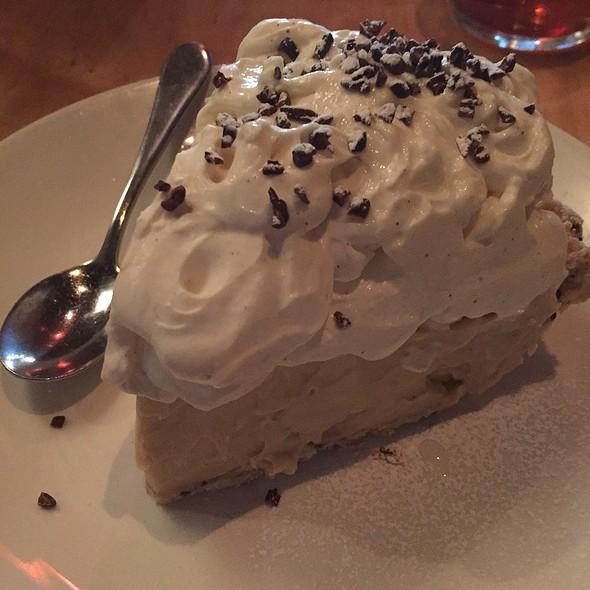 Banana Cream Pie - Ma'ono Fried Chicken & Whisky, Seattle, WA