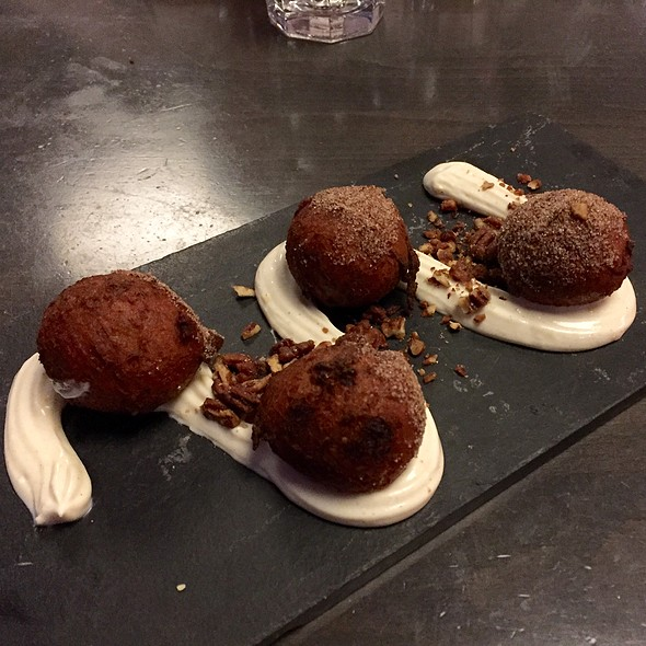 Carrot Cake Donuts @ Harman's Eat And Drink