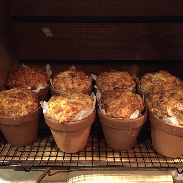 Assorted Muffin Pots
