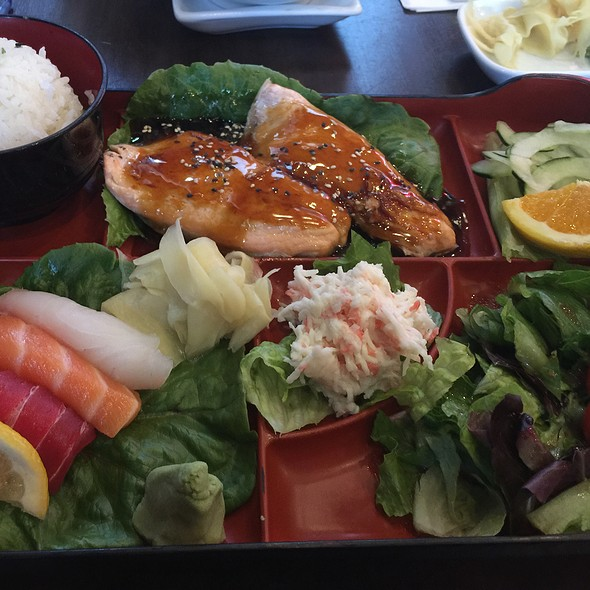 Teriyaki Salmon And Sashimi Combination