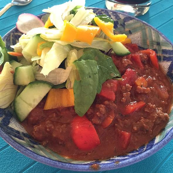 Bolognaise Sauce And Salad @ Ractoids Place