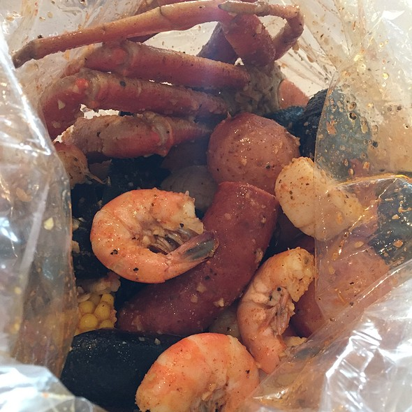 Seafood Boil @ Crackin' Crab