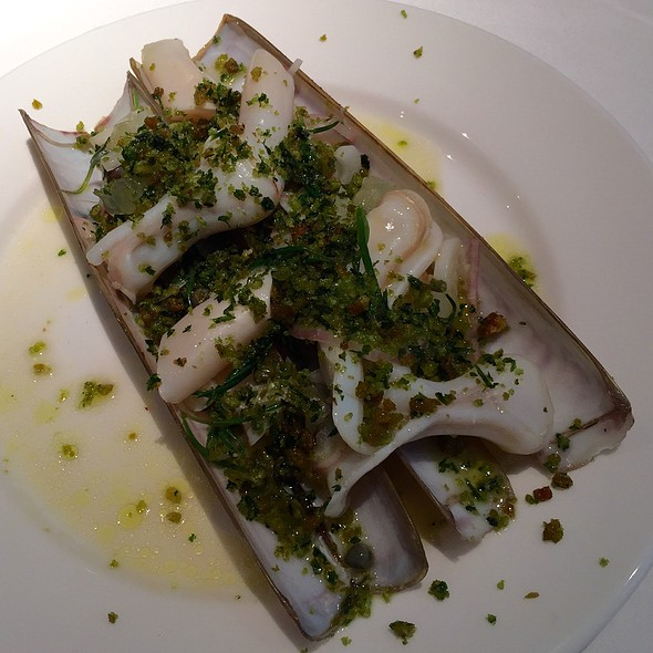 razor clams @ Quo Vadis, Dean Street, Soho, London