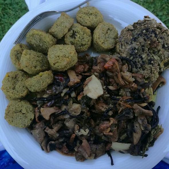 Mushurooms & Falafel & Vegan-burger