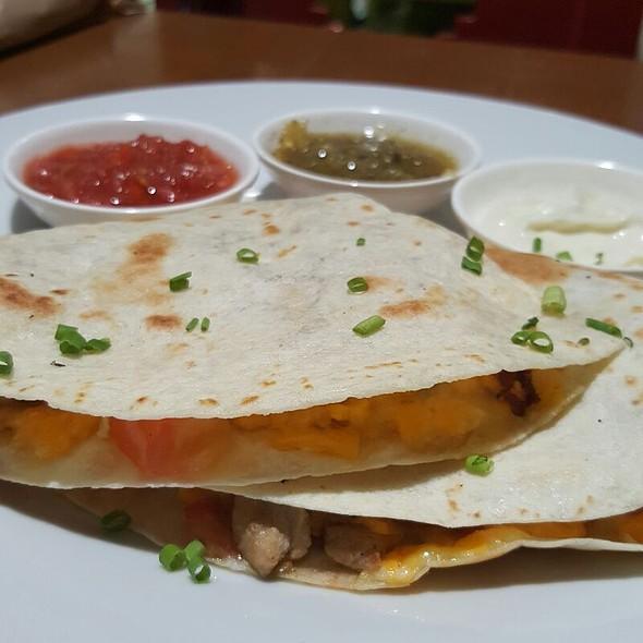 Chicken Quesadilla @ Mexicali SM North Edsa
