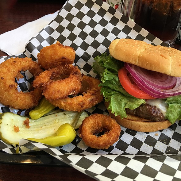 Spare Tire Burger With Onion Rings