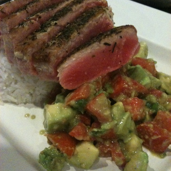 Seared Ahi Special @ Jimmy'z Kitchen