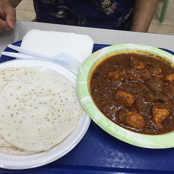 Chicken Chettinadu And Appam
