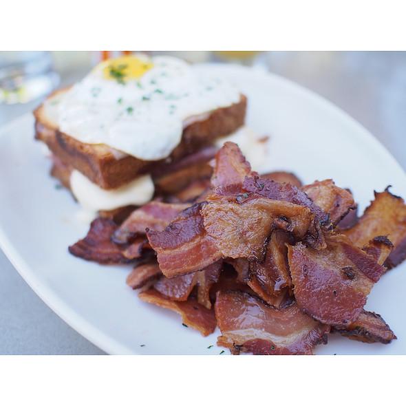 Side Of Bacon @ Gram & Dun