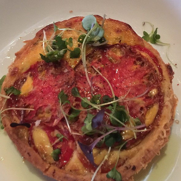 Tomato Pie - The Macintosh, Charleston, SC